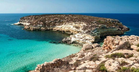 La Spiaggia Dei Conigli Di Lampedusa E La Piu Bella D Italia