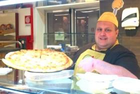 Johnny Errante pizzaiolo