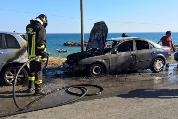 auto fiamme marinella di selinunte 2