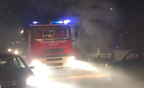 auto fiamme via seggio