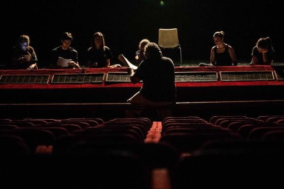 comunicato riparte Scuola di Teatro 2