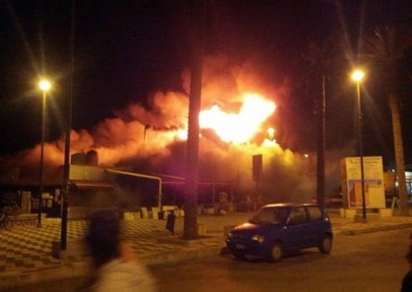incendio tre fontane 2