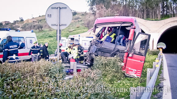 incidente-a29-bus-salemi-10