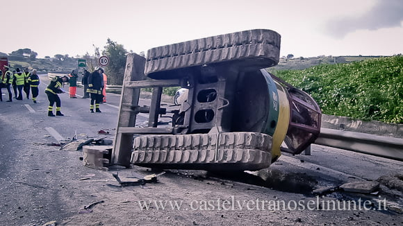 incidente-a29-bus-salemi-14