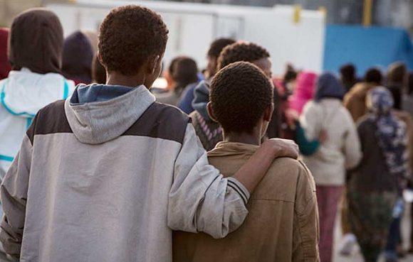 Aprire le porte di casa ai minori migranti la proposta for Aprire case di concetto