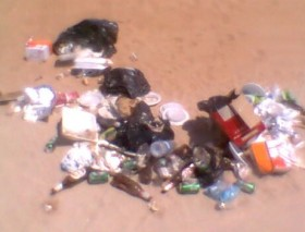 rifiuti arenile