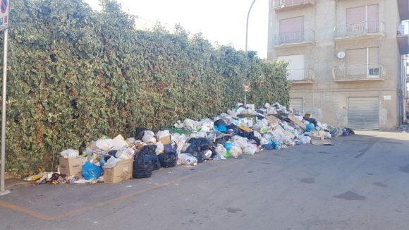 rifiuti castelvetrano 00004