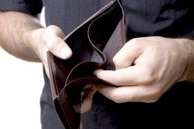 senza soldi povertà