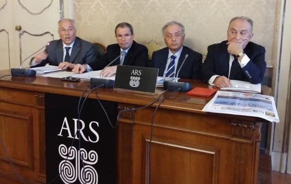 da sinistra, il senatore Compagnone, il senatore Scavone, l'onorevole Di Mauro e il senatore D'Alì